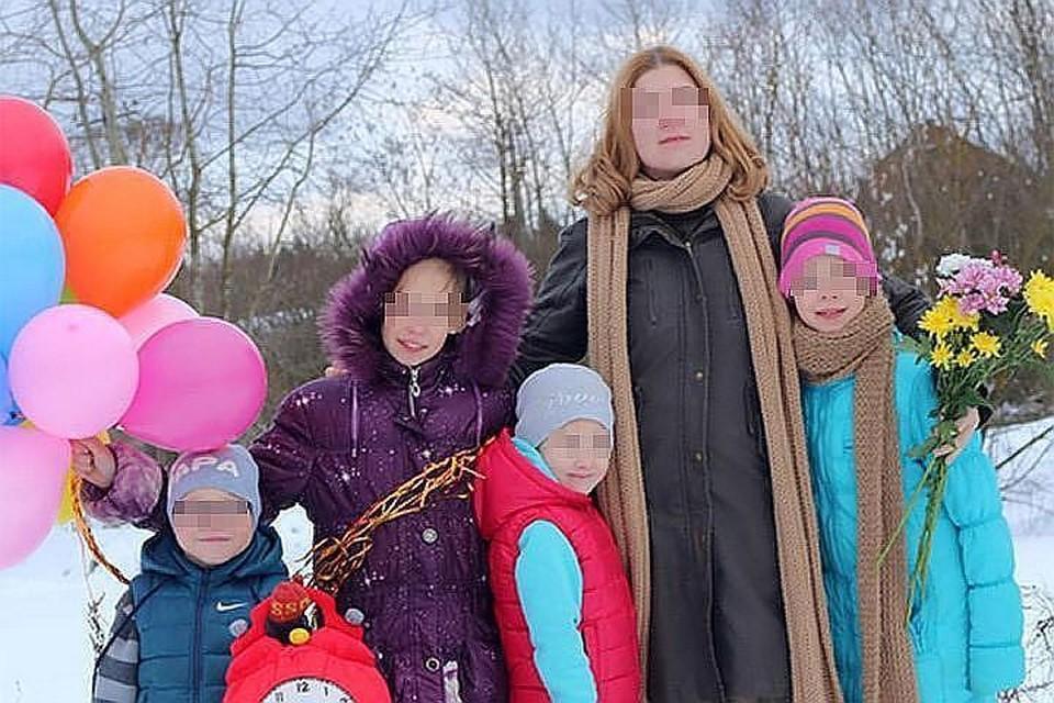 Семья воспитывает, кроме родного сына, 15 детдомовских мальчишек и девчонок