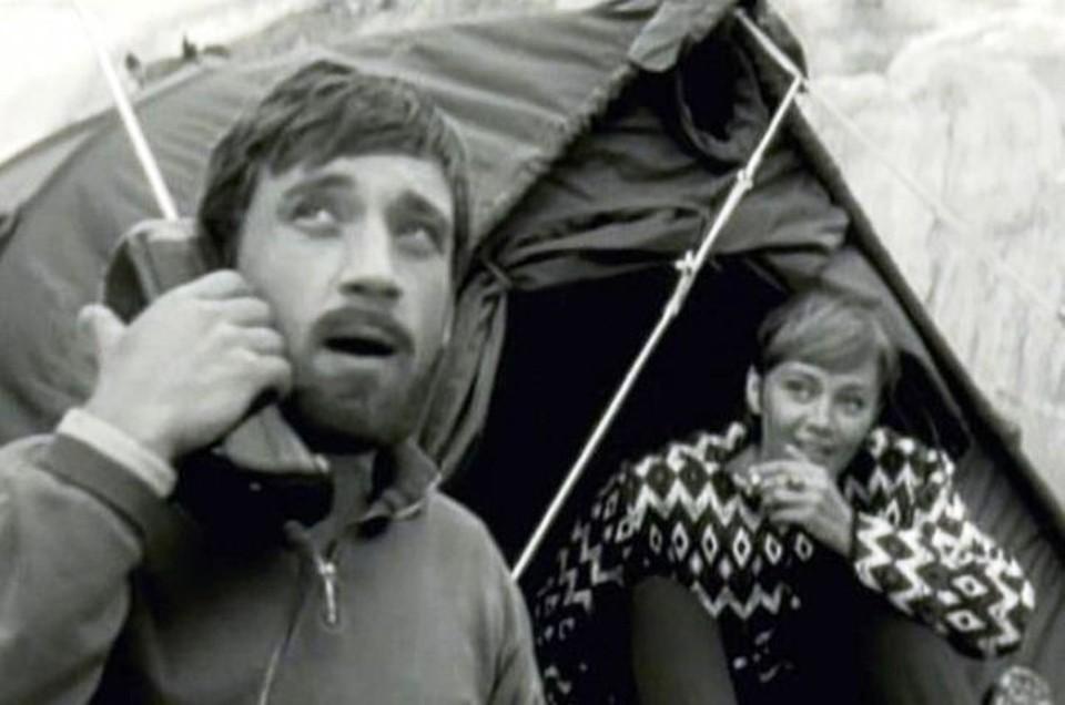 Высоцкий и Лужина в картине «Вертикаль» - съемки в горах шли пять месяцев, вспоминает актриса.