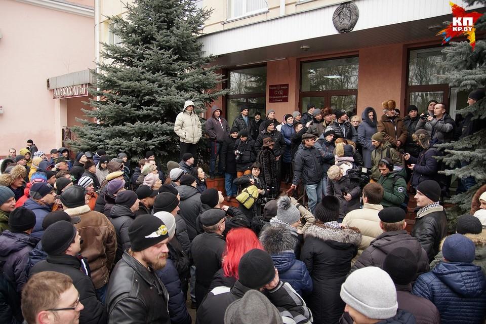 Решение первого в Беларуси суда по декрету о тунеядстве: ни да ни нет