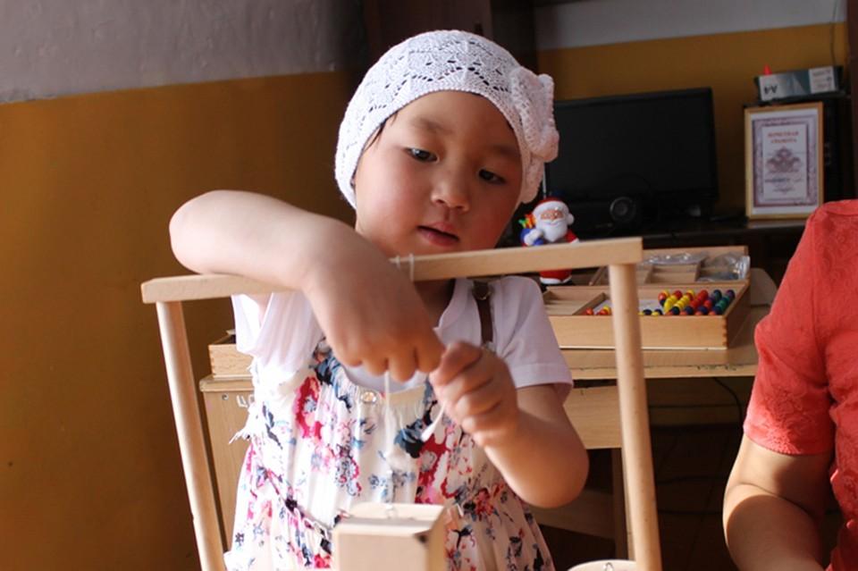 как проверить врачей девочка детцвинцы видео
