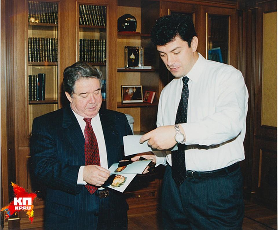 С тогдашним главой Газпрома Рэмом Вяхиревым