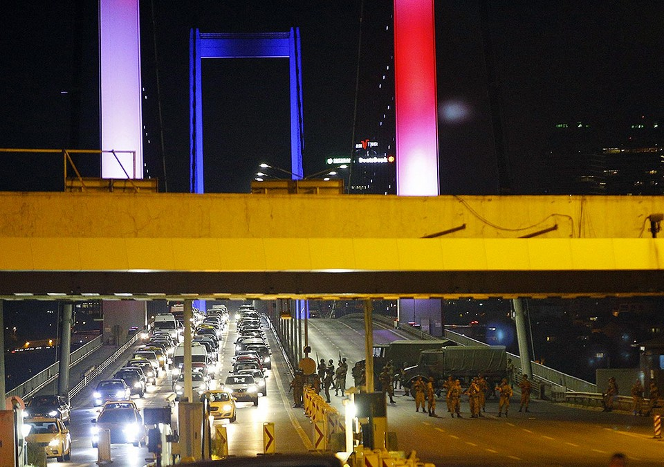 Турецкие военные предприняли попытку захвата власти в стране. ФОТО REUTERS/EAST NEWS