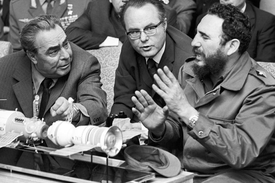 Леонид Брежнев и Фидель Кастро. 1971 год