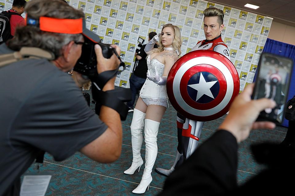 В американском городе Сан-Диего проходит фестиваль Comic-Con - грандиозный слет фанатов кино, игр, комиксов и сериалов