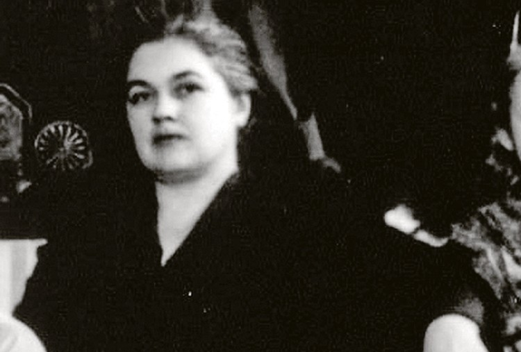 Зинаиду Дмитриевну арестовали вслед за мужем.