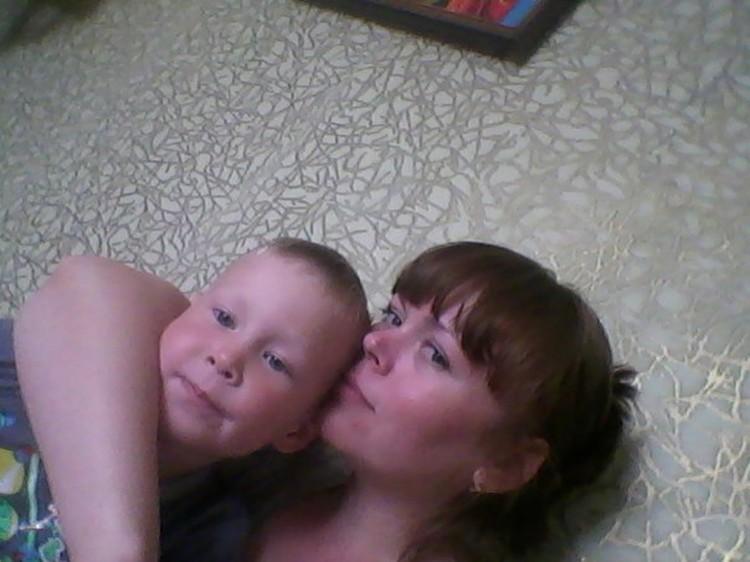 В катастрофе погибла вся семья Шульгиновых - Ольга, Евгений и их сынок Кирилл, которому шел всего четвертый годик. Фото: соцсети