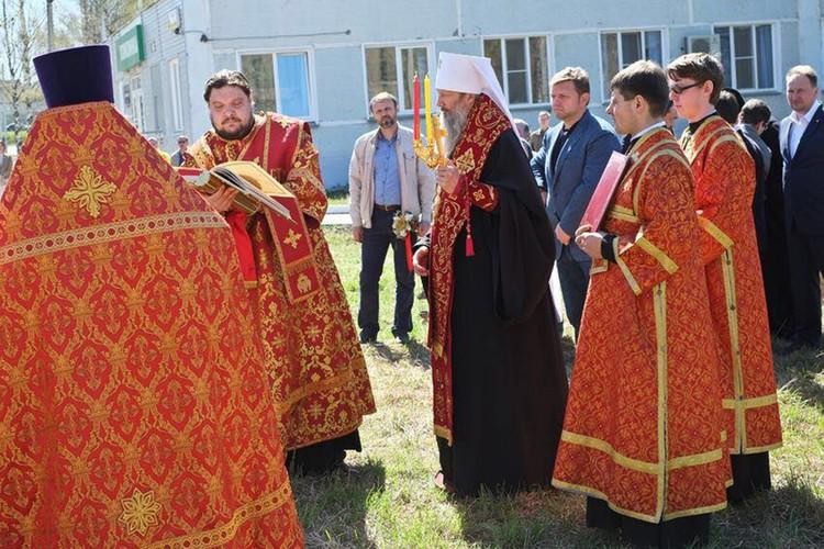 На совершении чина основания церкви во имя святой блаженной Матроны Московской. Фото: facebook.com/nikita.belyh