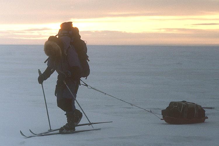 1990 год. Федор Конюхов в одиночку направляется к Северному полюсу. Фото В. Медведева /Фотохроника ТАСС/.