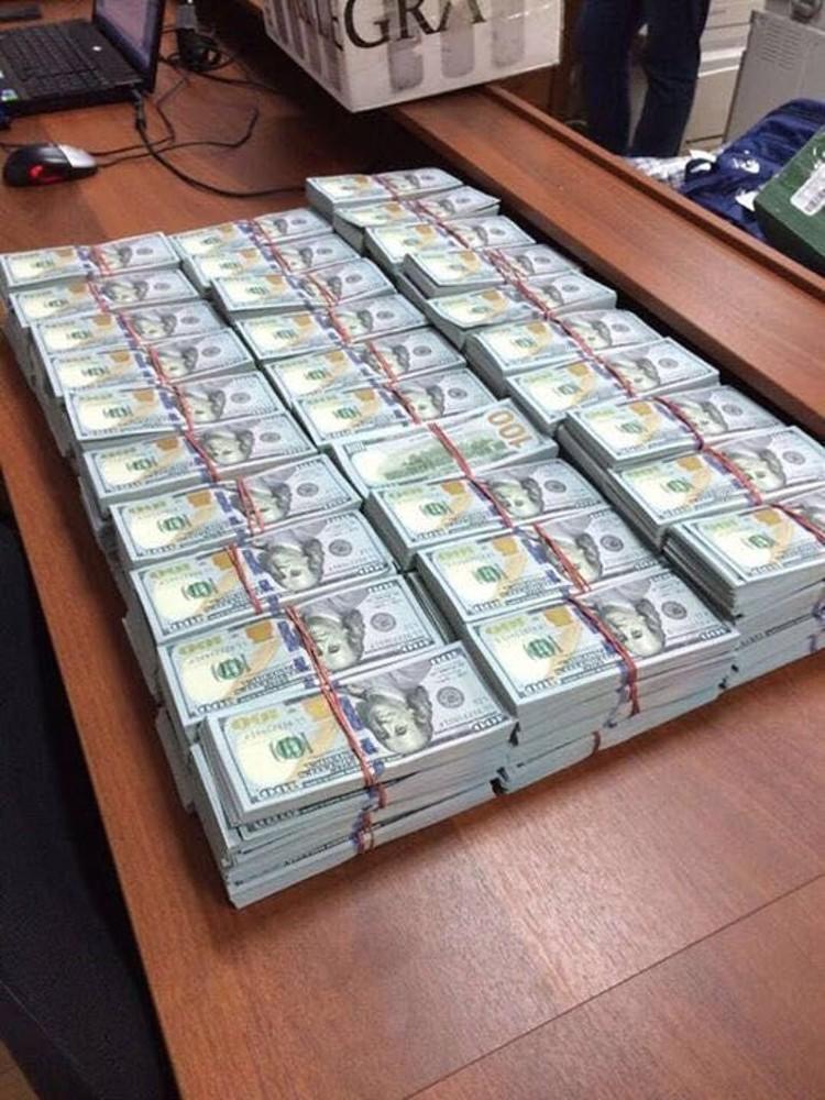 Если бы полковник полиции был предпринимателем, он мог бы спокойно попасть список российских миллиардеров по версии журнала Forbes. ФОТО: Оперативная съемка, предоставлено kommersant.ru