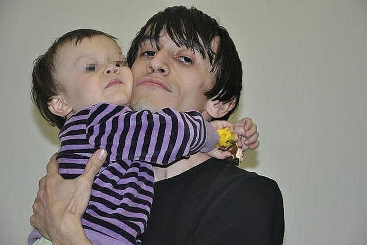 У Магомеда Нурбагандова осталась жена и двое маленьких детей. Фото: Ok.ru