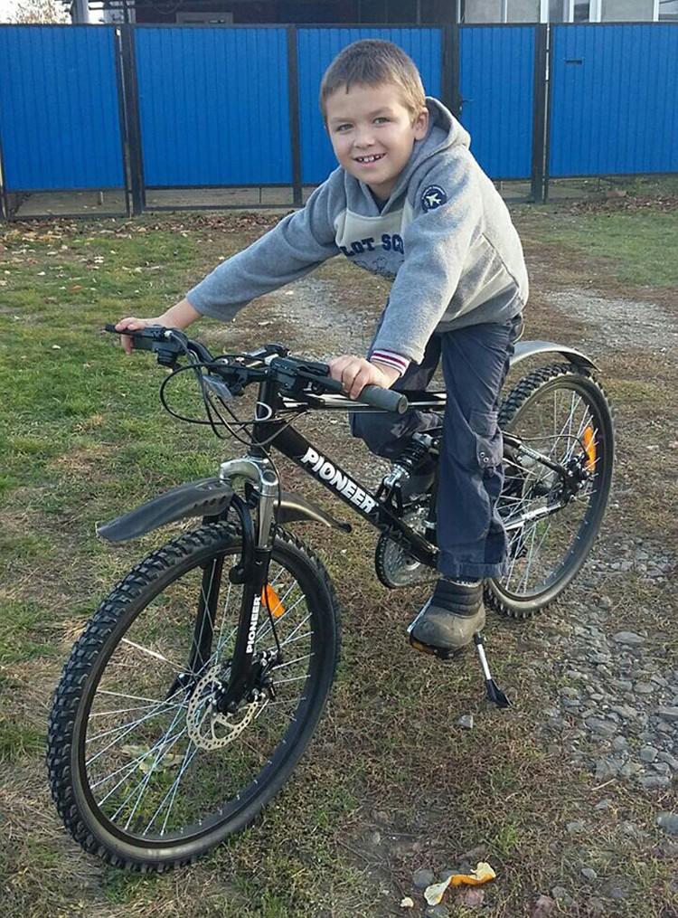Сыну Моторолы подарили велосипед, который ему обещал отец