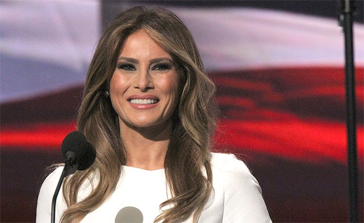 Будущая первая леди США так и не получила высшего образования.