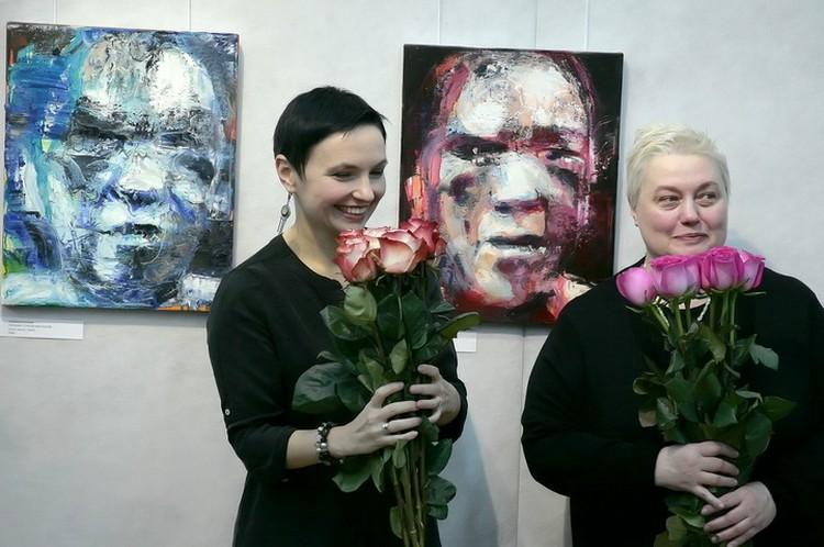 Анна и Белла Чулковы представили свои картины.