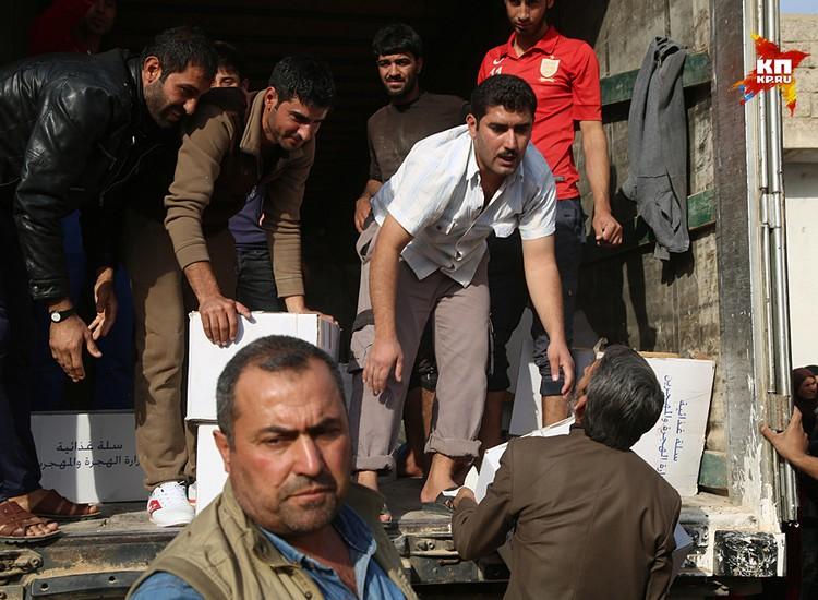 Гуманитарку в освобожденных городах раздают строго