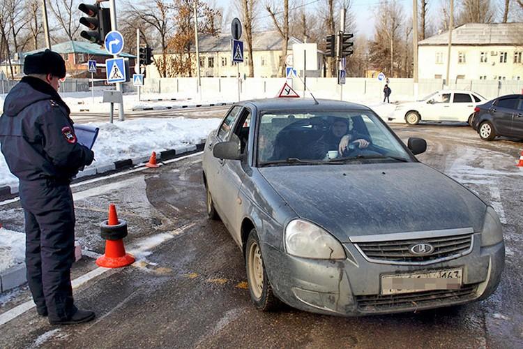 Сейчас счастливчиков, что сдают экзамен на водительские права с первого раза в Самаре насчитывают всего 3 процента.