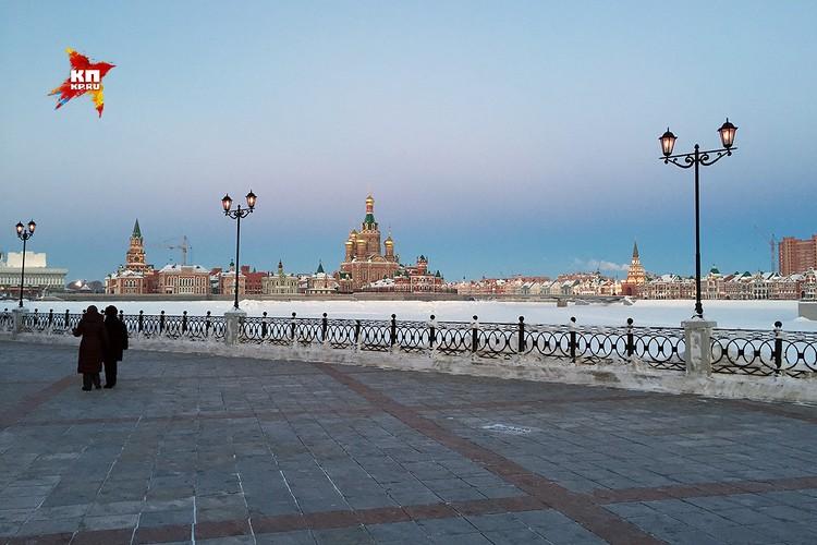 Набережная реки Малая Кокшага.