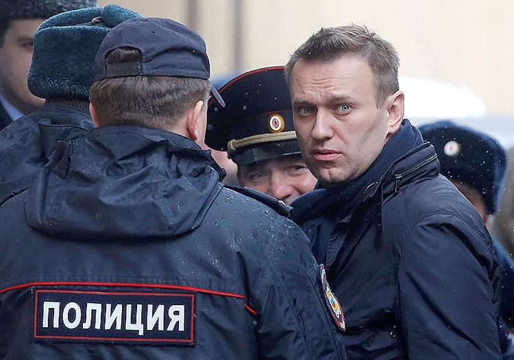 Алексей Навальный был задержан полицейскими в центре Москвы 26 марта.