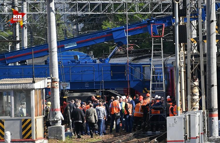 В результате аварии пострадали два человека.