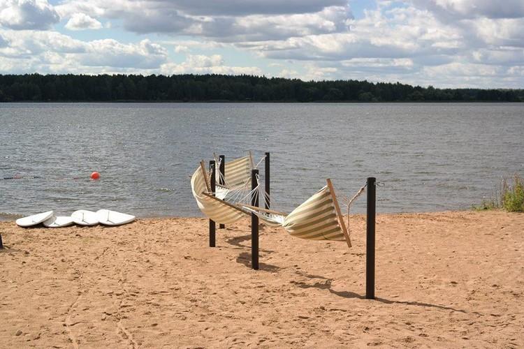 Пляж есть. Еще бы лето началось!