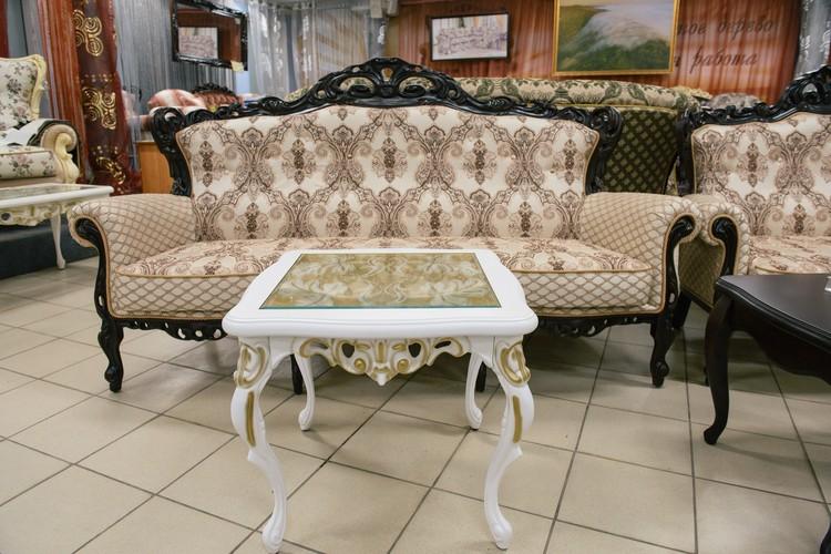 Мебель «Эдем-Самара» выполнена в классическом «дворцовом» стиле