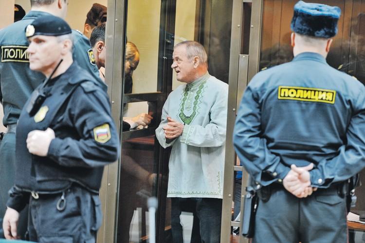 Отставной полковник ГРУ Владимир Квачков предлагал Коржакову участие в третьем заговоре, но получил отказ, а сам был осужден за попытку организации вооруженного мятежа и содействие террористической деятельности.