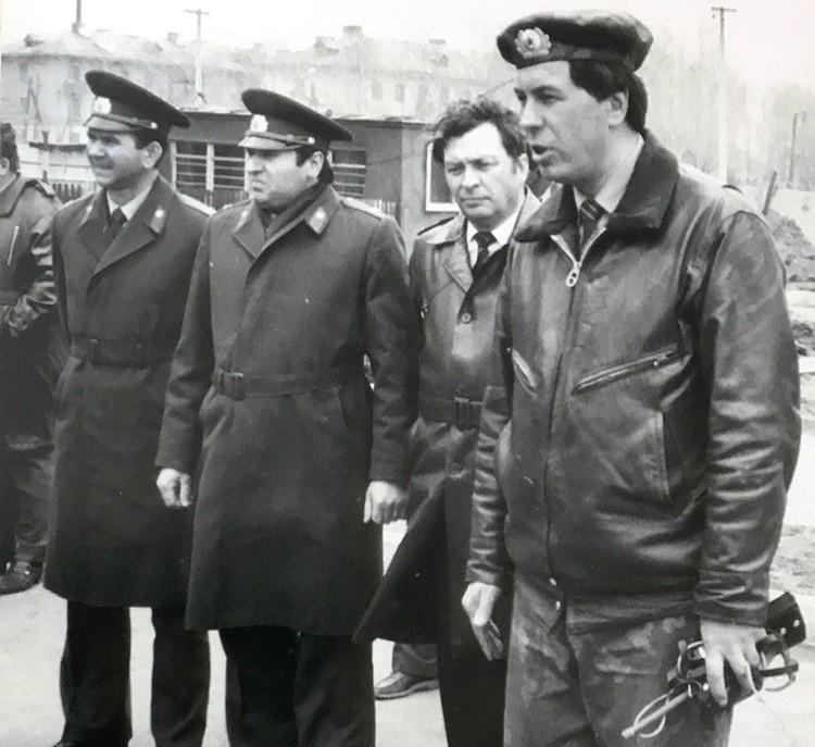 1983 год. Инструктаж перед штурмом, крайний справа - Михаил Головатов. ФОТО Личный архив