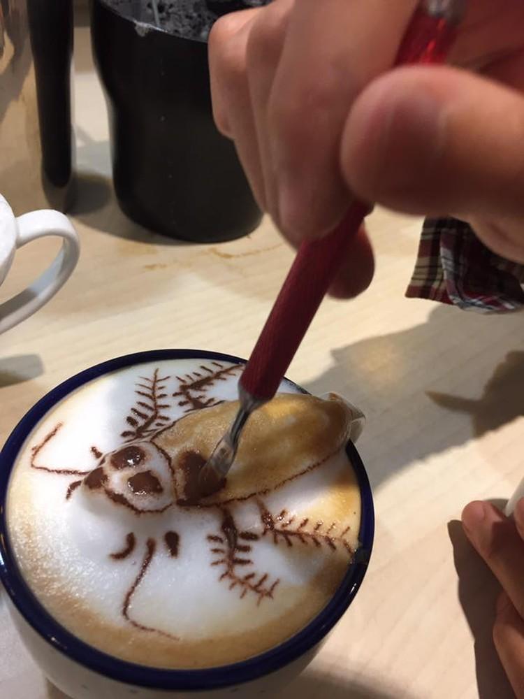 На пенке рисуют насекомых... Фото: страничка My cofi в Facebook
