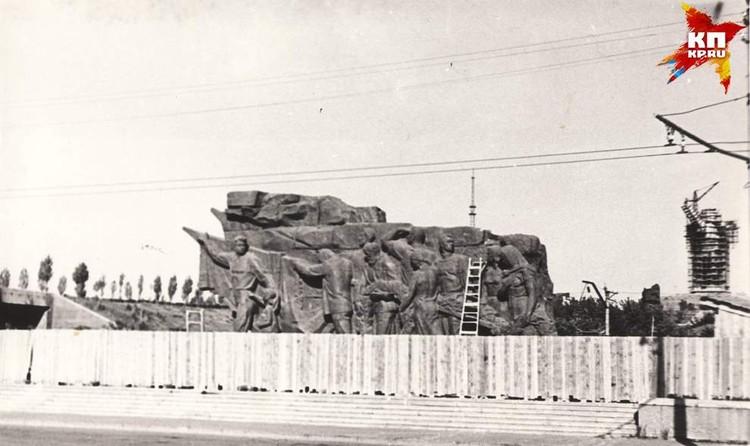 входная площадь. 1965 г. Фото: Музей-заповедник «Сталинградская битва».