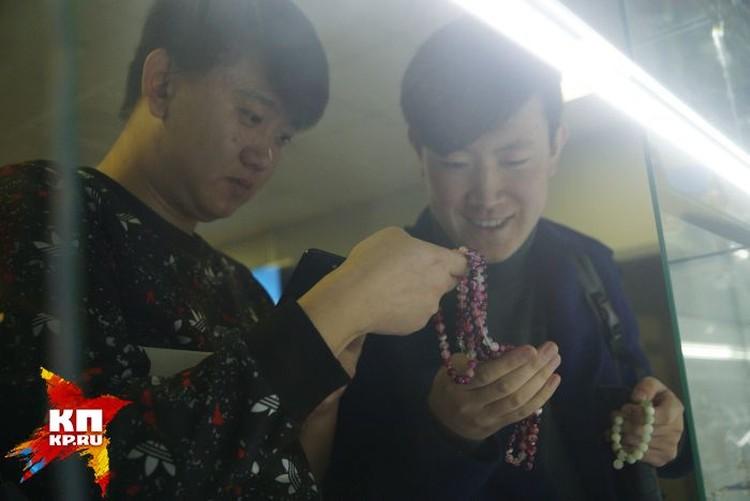 Блогеры отметили, что жители Китая очень интересуются драгоценными камнями, поэтому Урал им будет особенно интересен.