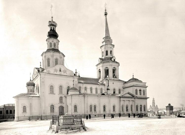 Собор во имя Святой Екатерины был заложен в центре города еще в 1723 году. Фото: Госархив Свердловской области