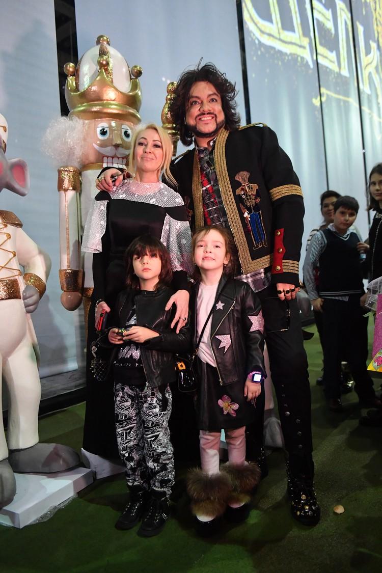 Дети Филиппа Киркорова дружат с сыном Яны Рудковской Александром.