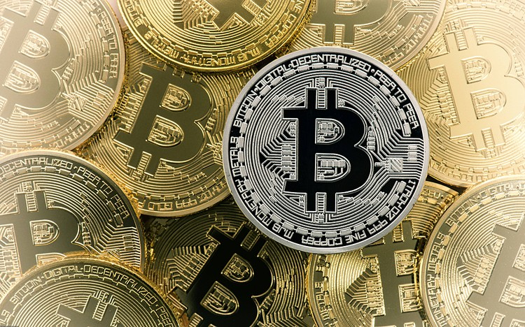 За год стоимость биткоина выросла в 20 раз