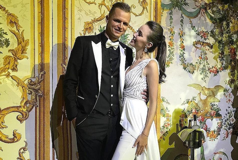 Тарасов фото со свадьбы с костенко