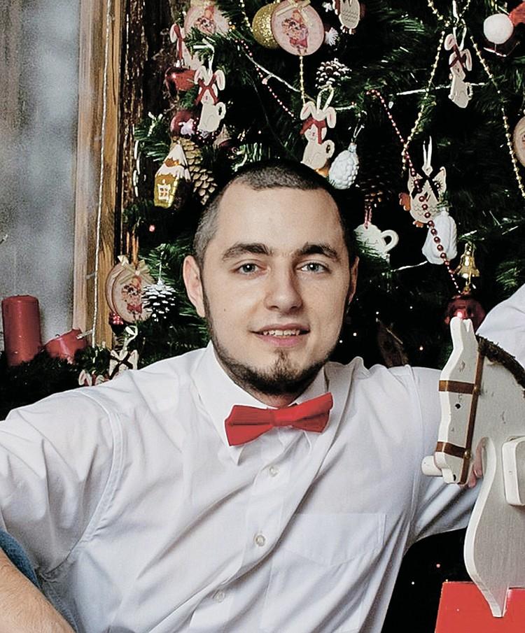 В первый раз Дмитрий избил жену, увидев, что одна из СМС в ее телефоне удалена.