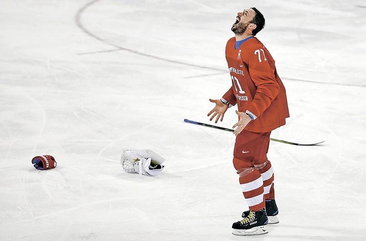 Для Ильи Ковальчука важнее сам титул олимпийского чемпиона - деньги он зарабатывает в клубе. Фото: DAVID W CERNY/REUTERS