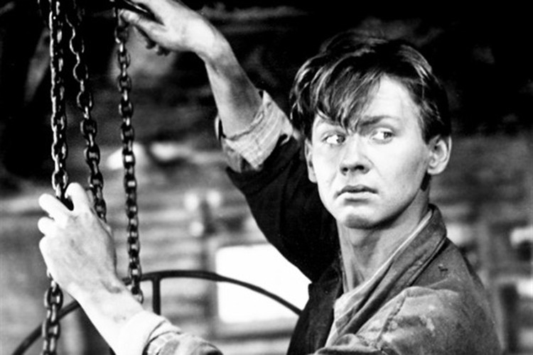 Первая роль в кино - Тугой узел (Саша вступает в жизнь), Саша Комелев, 1956 год