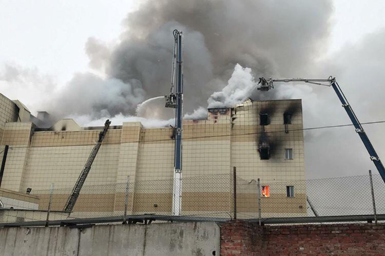 Горючая обшивка здания стала одной из причин большого числа жертв