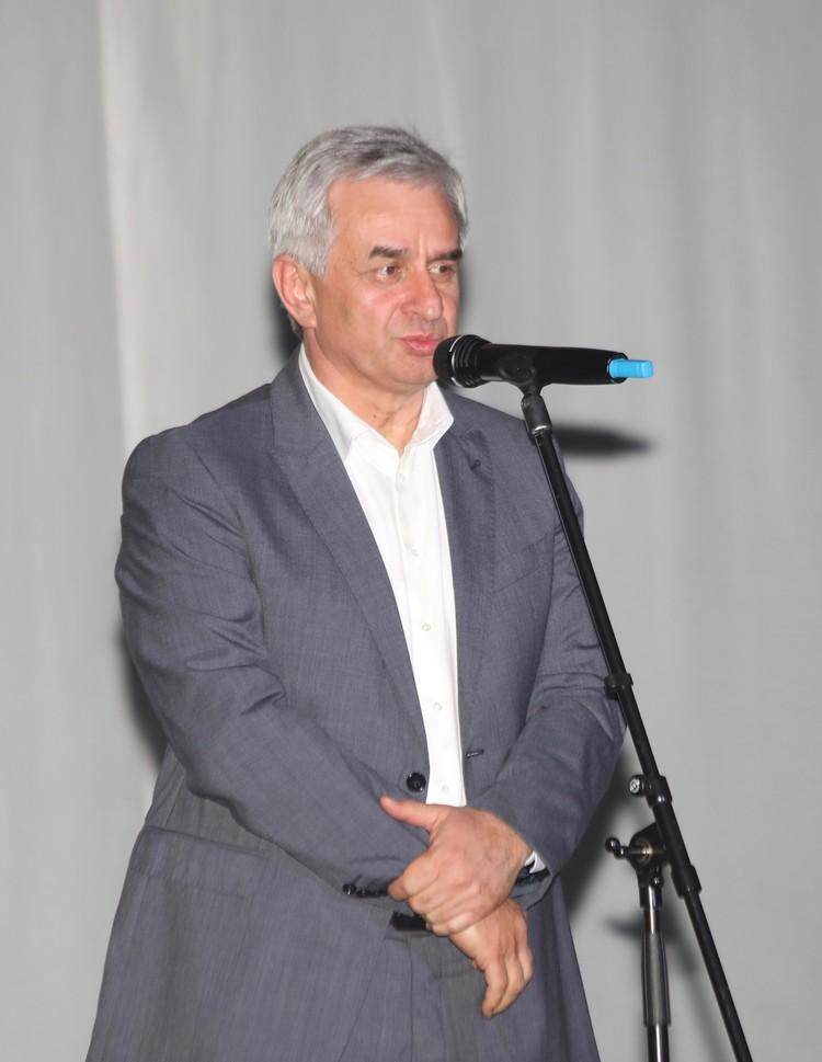 Гостей фестиваля приветствовал Президент Республики Абхазия Рауль Хаджимба.