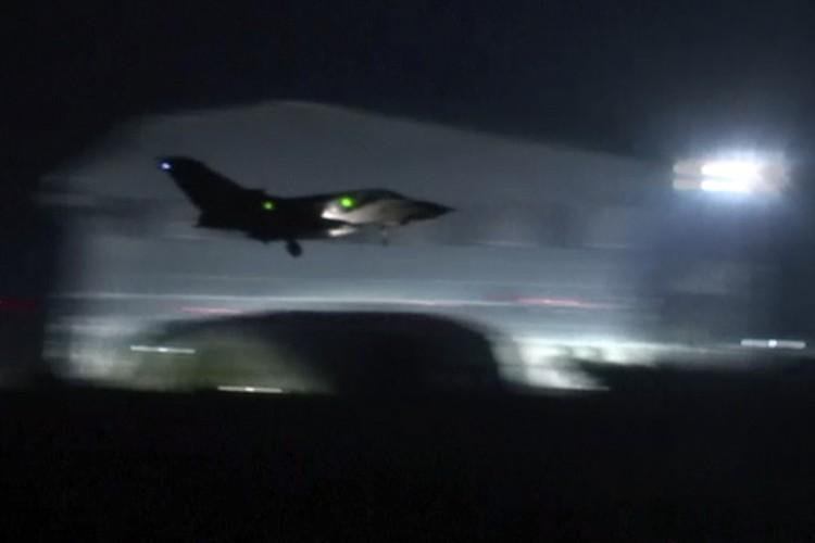Британская авиация приняла участие в атаке на Дамаск
