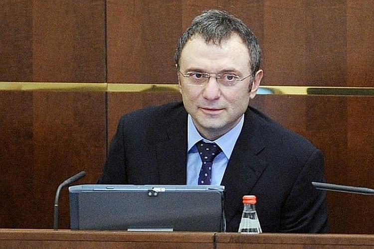 Среди сенаторов самый большой доход (2,7 млрд.рублей) задекларировал Сулейман Керимов
