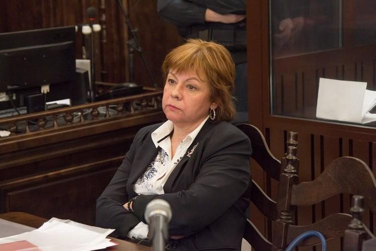 Адвокат командира пожарного звена, обвиненного в халатности, Елена Киселева уверена, что ее подзащитный - герой