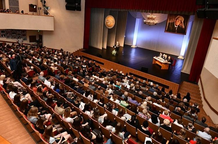 Лихаческие чтения в СПбГУП собирают ежегодно свыше 1500 участников: звезд науки, культуры, искусства, политиков и дипломатов со всего мира.