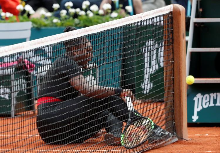 Первый матч Серены Уильямс в Париже длился две партии.