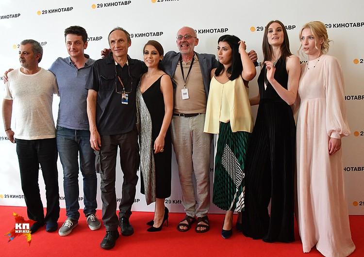 Телеведущий, актер и режиссер представил на «Кинотавре» свой новый фильм «Дядя Саша»