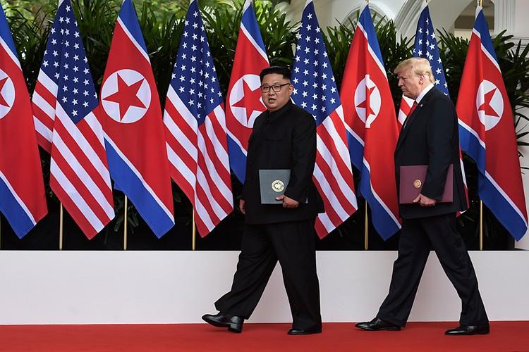 Саммит прошёл, кстати, 12 июня, в День России — возможно, это такой троллинг со стороны Белого дома
