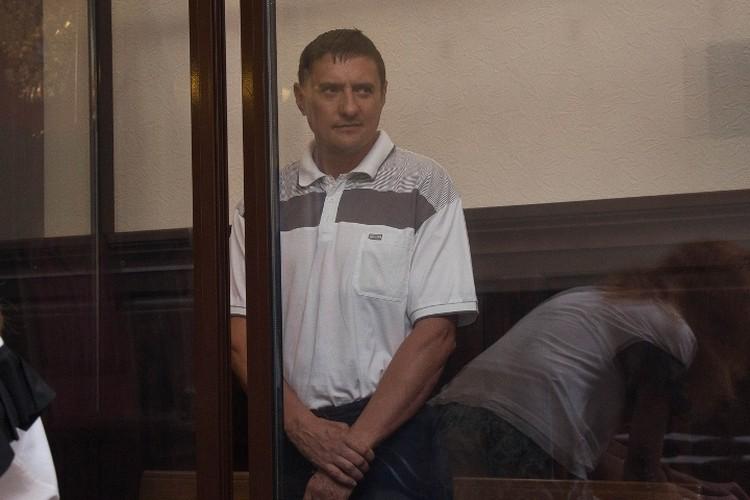 Андрей Бурсин попросил изменить ему меру пресечения на домашний арест