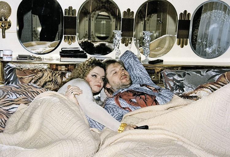 Второй муж звезды Виктор Митязов уверяет: все главные хиты Долиной появились, когда продюсером был он.