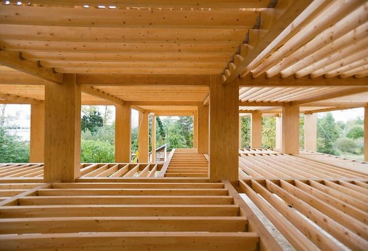 К 2025 году увеличить применение продукции деревянного домостроения в общем объеме жилищного строительства с нынешних 10 до 20%