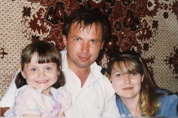 Константин Ярошенко с дочерью и супругой. Фото: личный архив