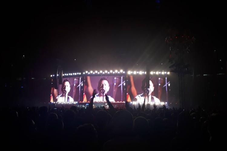 Шнур открыл концерт любимыми хитами
